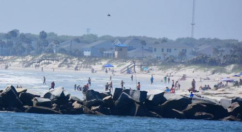 The Naval Station beach - what lock down?