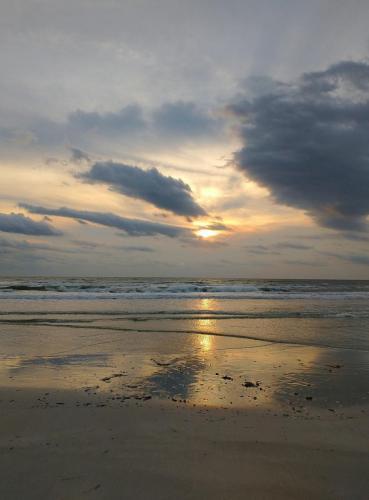 Sunrise over Cumberland beach